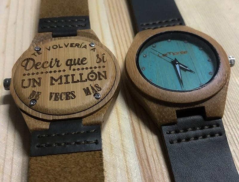 Reloj de madera mujer personalizado