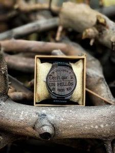 Reloj madera pulsera grabado