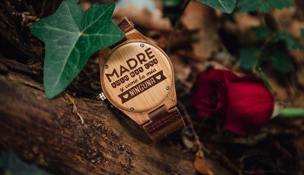 Relojes madera personalizados