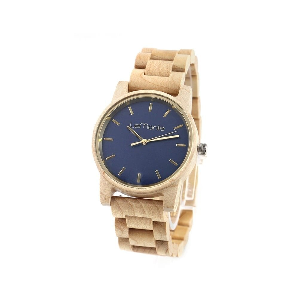 Reloj con pulsera de madera