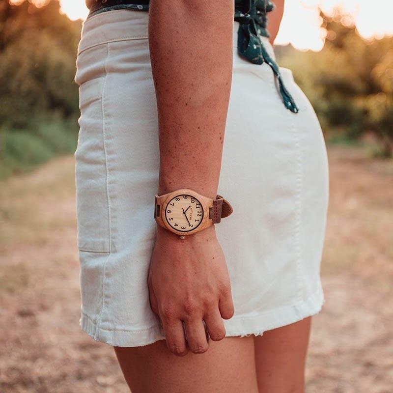 Reloj en madera