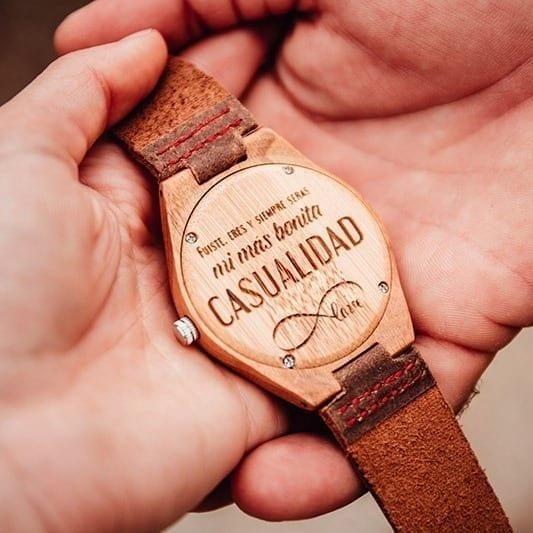 Reloj madera