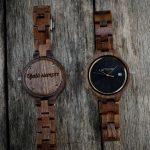 Reloj madera mujer grabado