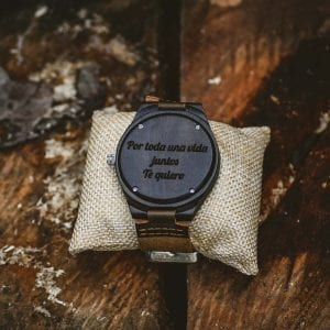 reloj personalizable madera