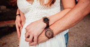 Relojes madera hombre y mujer