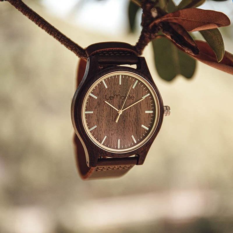Reloj de madera de pulsera