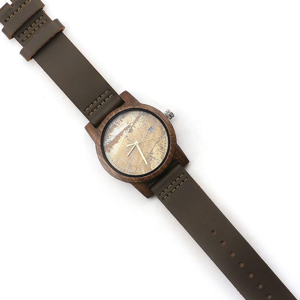 Reloj Atlas de madera