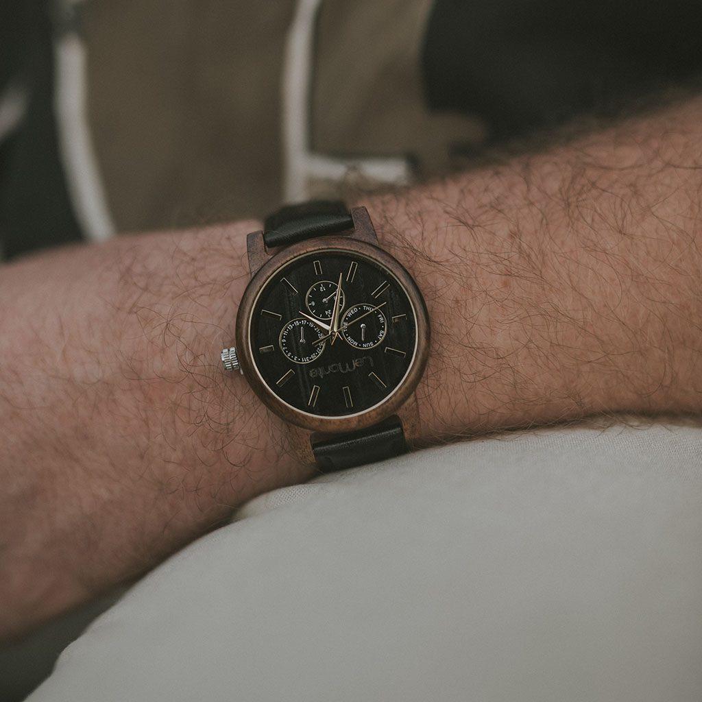 Reloj de madera original