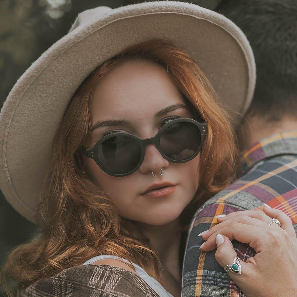 Gafas para mujer madera