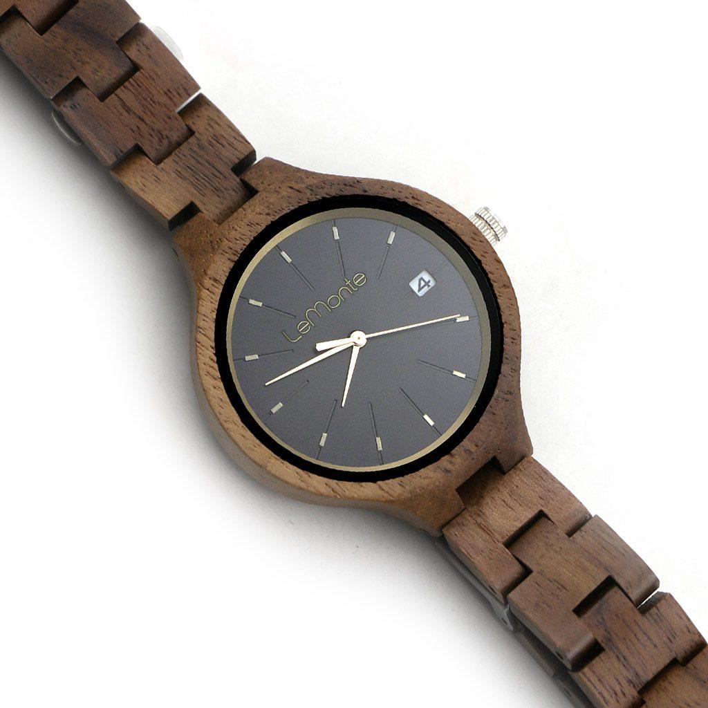 Reloj de mujer con correa de madera