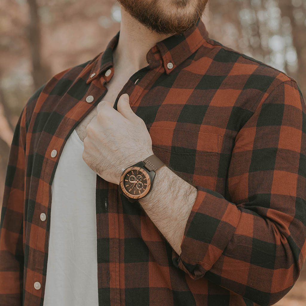 Reloj madera de muñeca de hombre