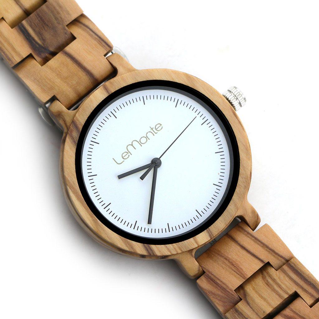 Reloj de madera de olivo