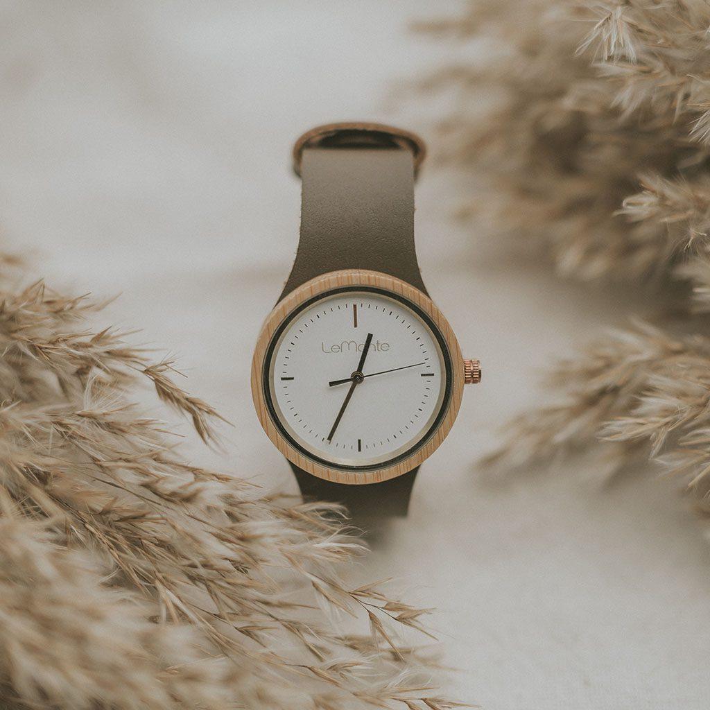Reloj de mujer bambu