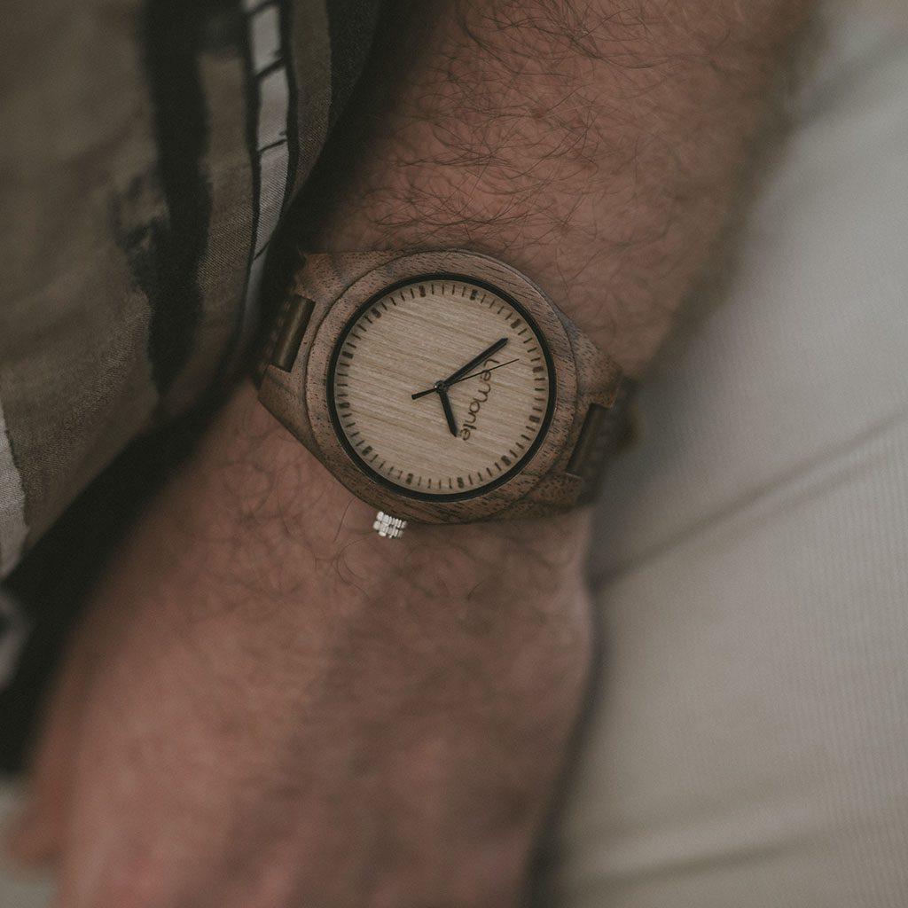 Reloj para hombre de madera